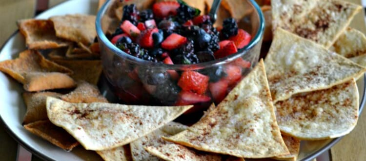 Mojito Berry Salsa with Salted Caramel Chips